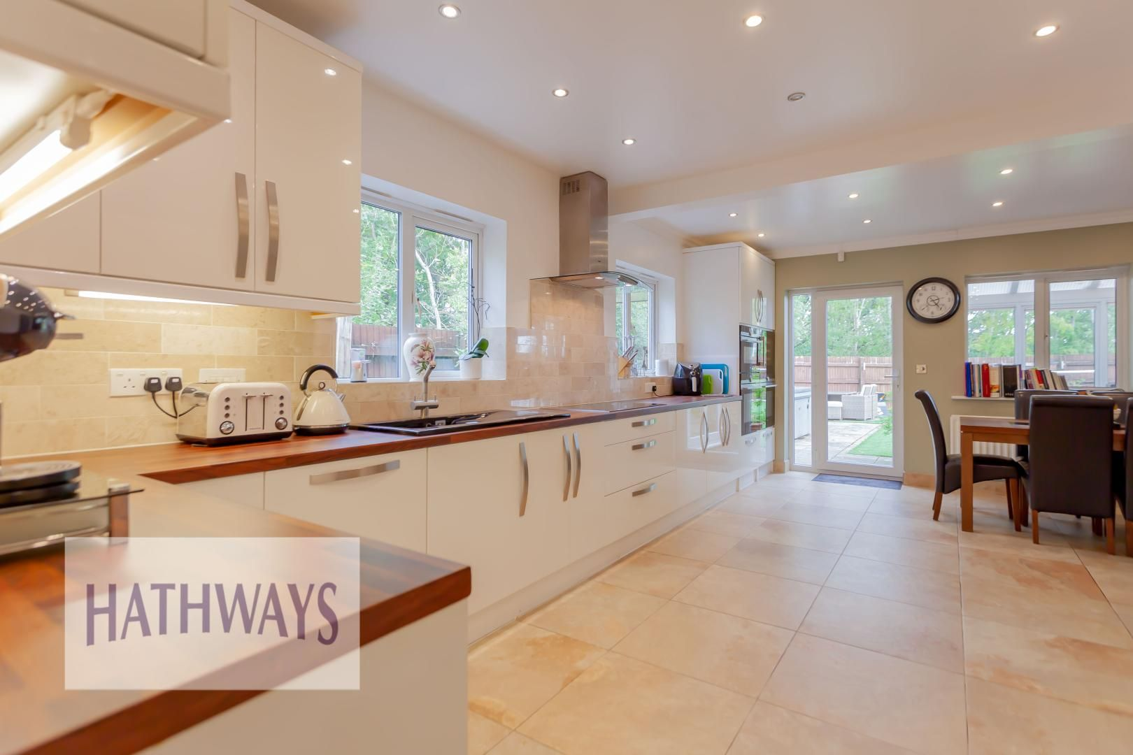 4 bed house for sale in Lansdowne Gardens 8