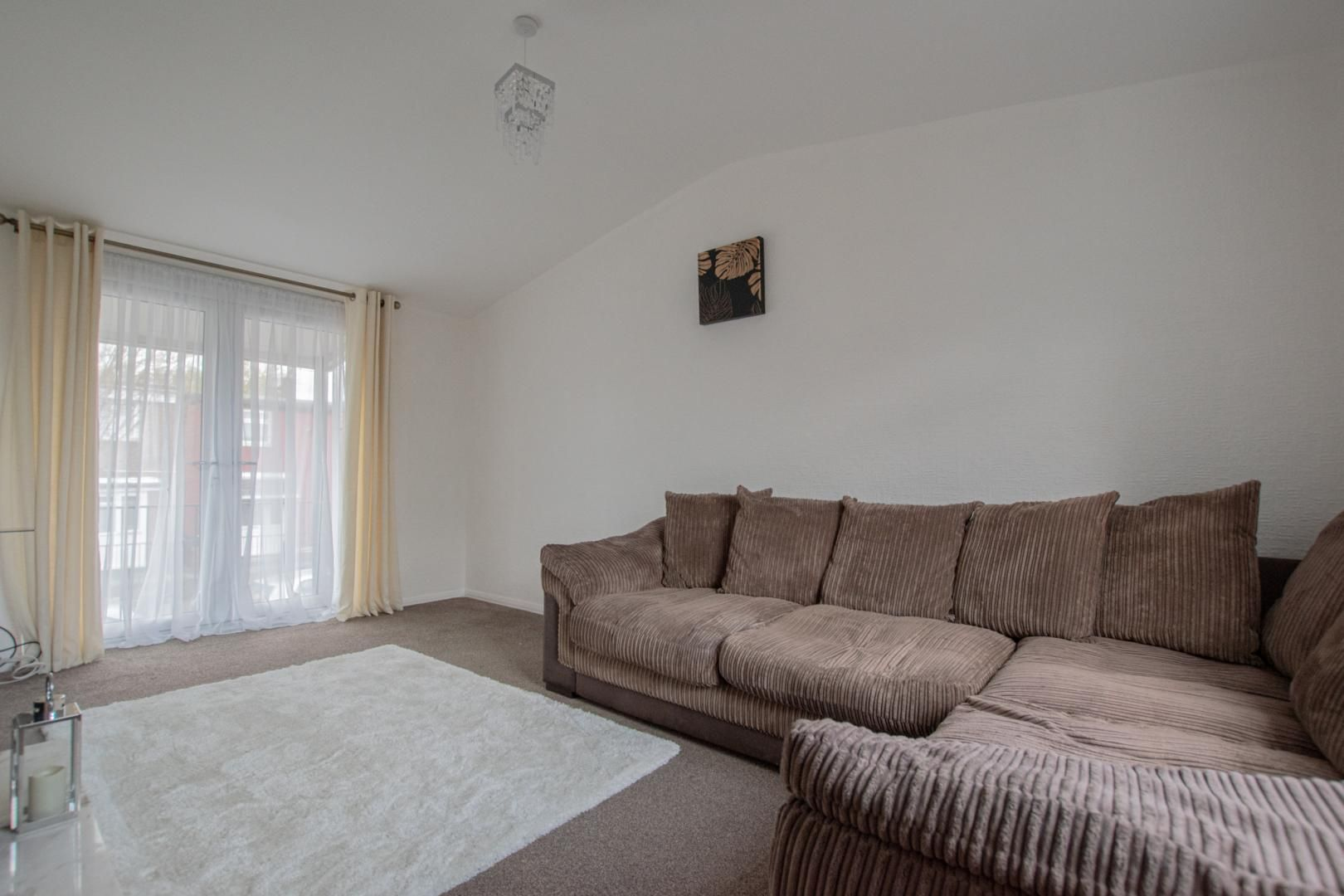 2 bed flat to rent in Porthmawr Road  - Property Image 2