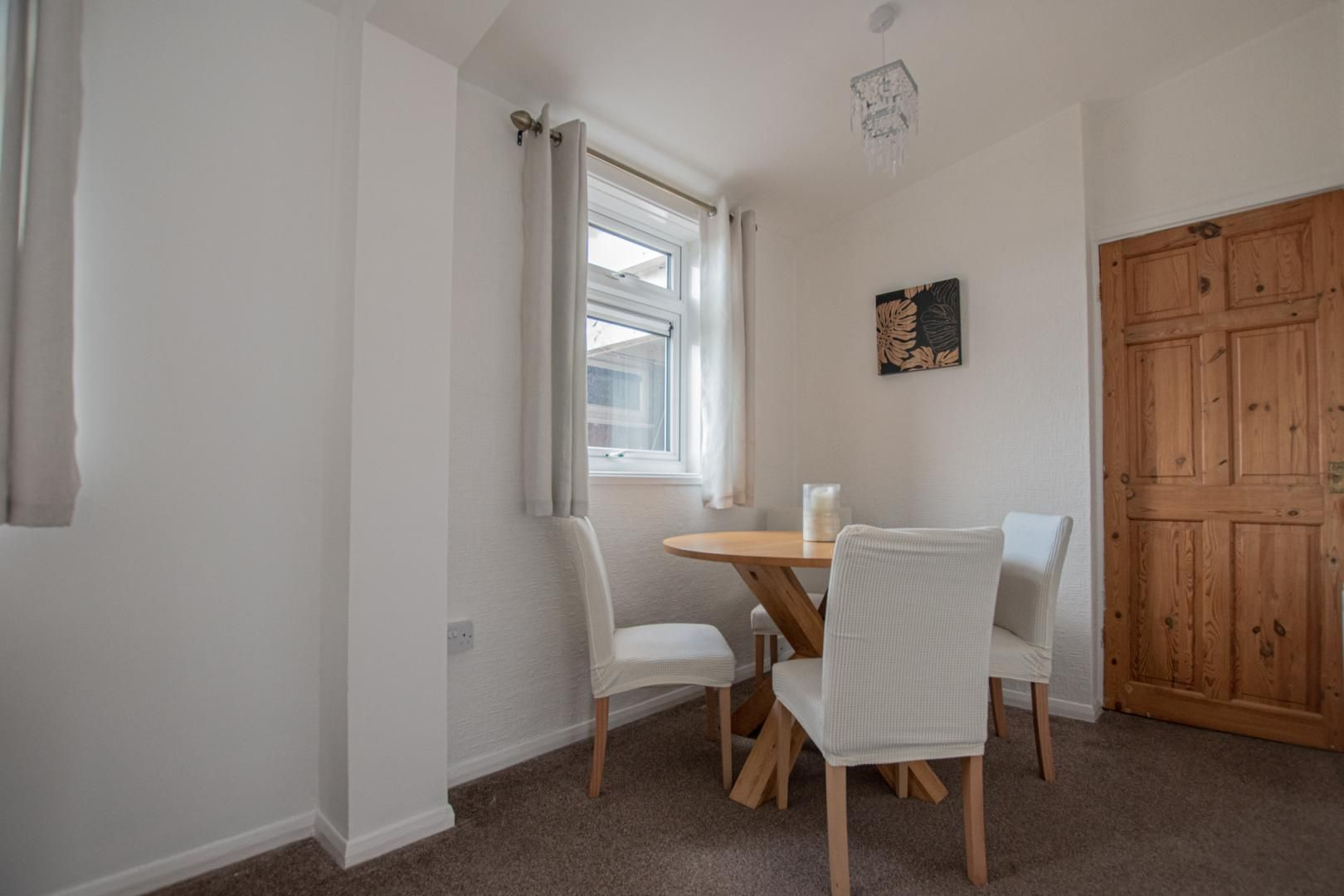 2 bed flat to rent in Porthmawr Road 14
