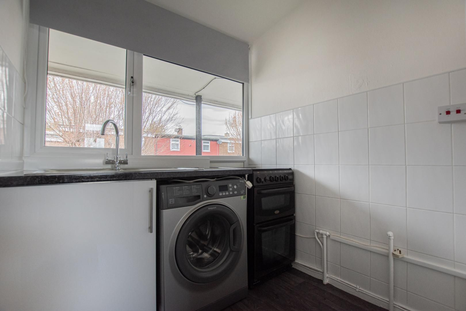 2 bed flat to rent in Porthmawr Road  - Property Image 10