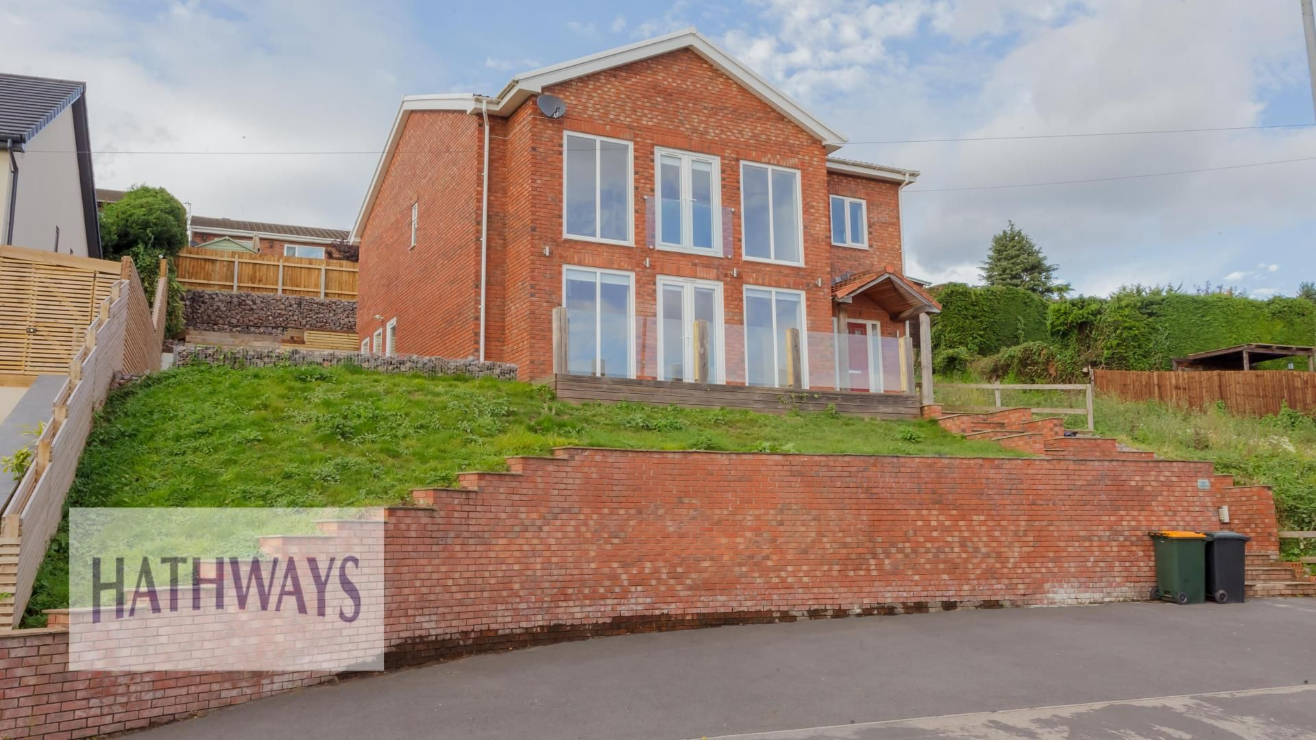 4 bed house for sale in Lodge Road - Property Image 1