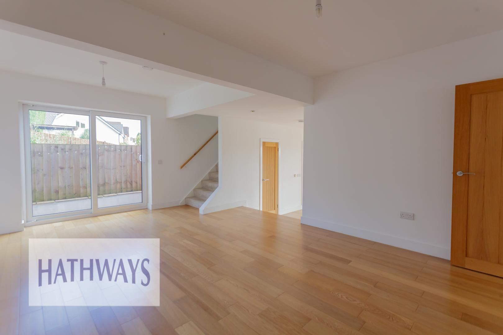 4 bed house for sale in Lodge Road 11