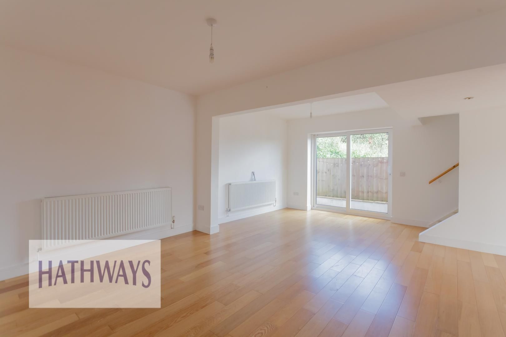 4 bed house for sale in Lodge Road 12