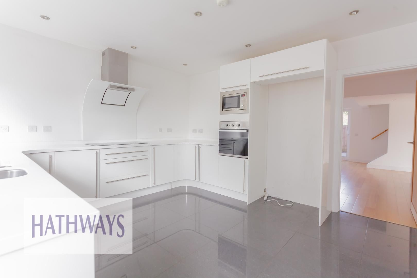 4 bed house for sale in Lodge Road  - Property Image 14