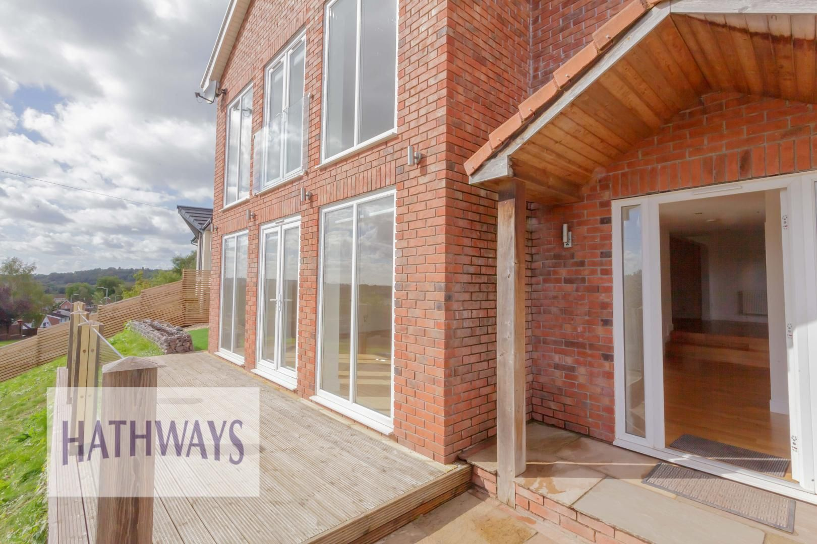4 bed house for sale in Lodge Road 3