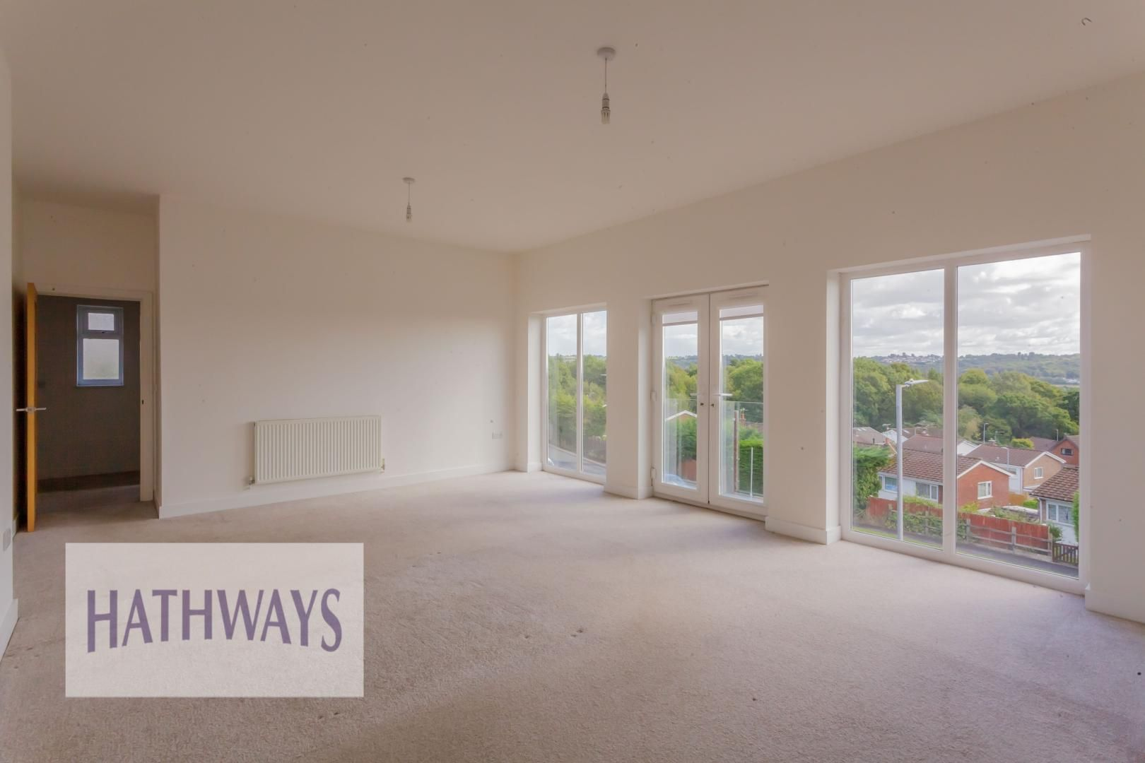 4 bed house for sale in Lodge Road 24