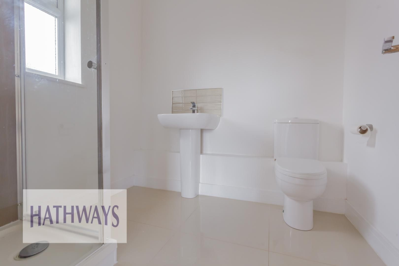 4 bed house for sale in Lodge Road  - Property Image 27