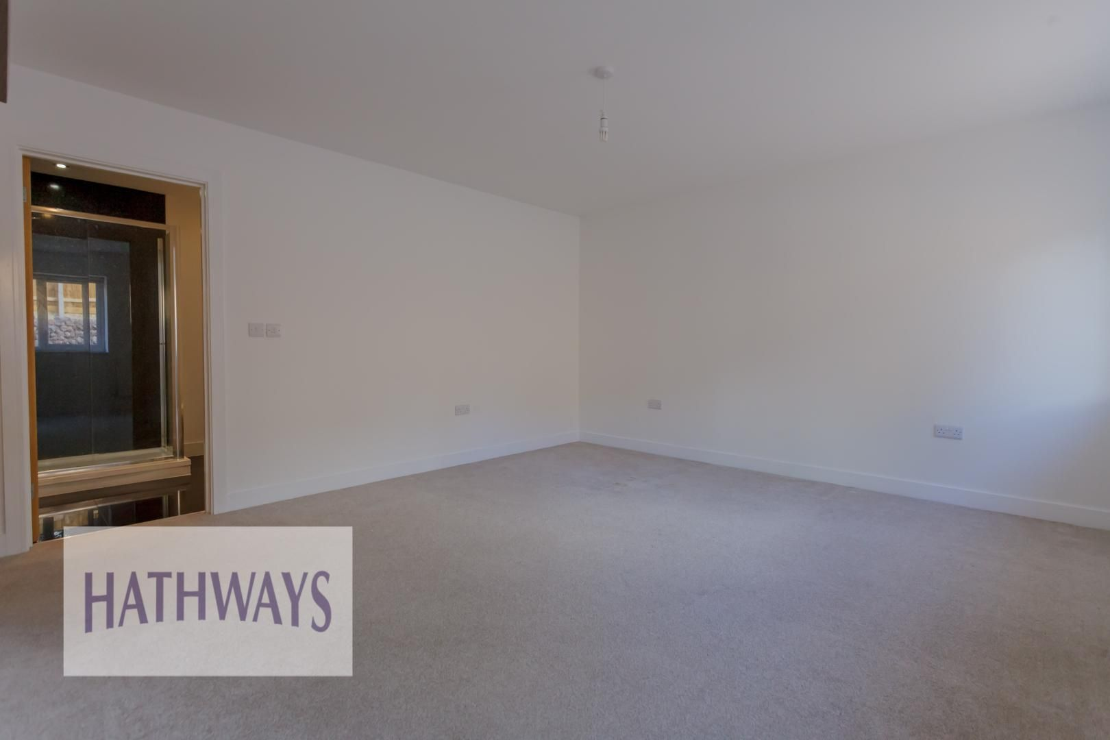 4 bed house for sale in Lodge Road  - Property Image 33