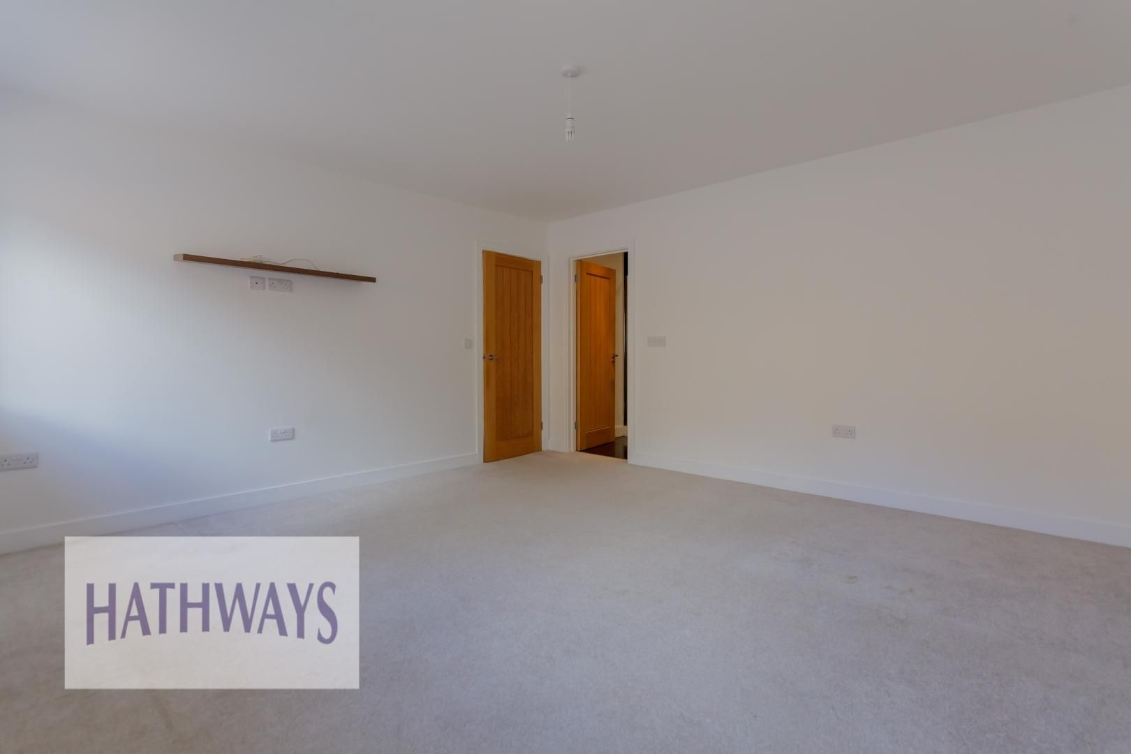 4 bed house for sale in Lodge Road 34