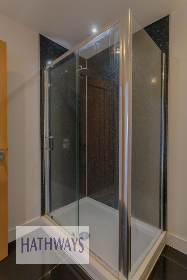 4 bed house for sale in Lodge Road  - Property Image 38