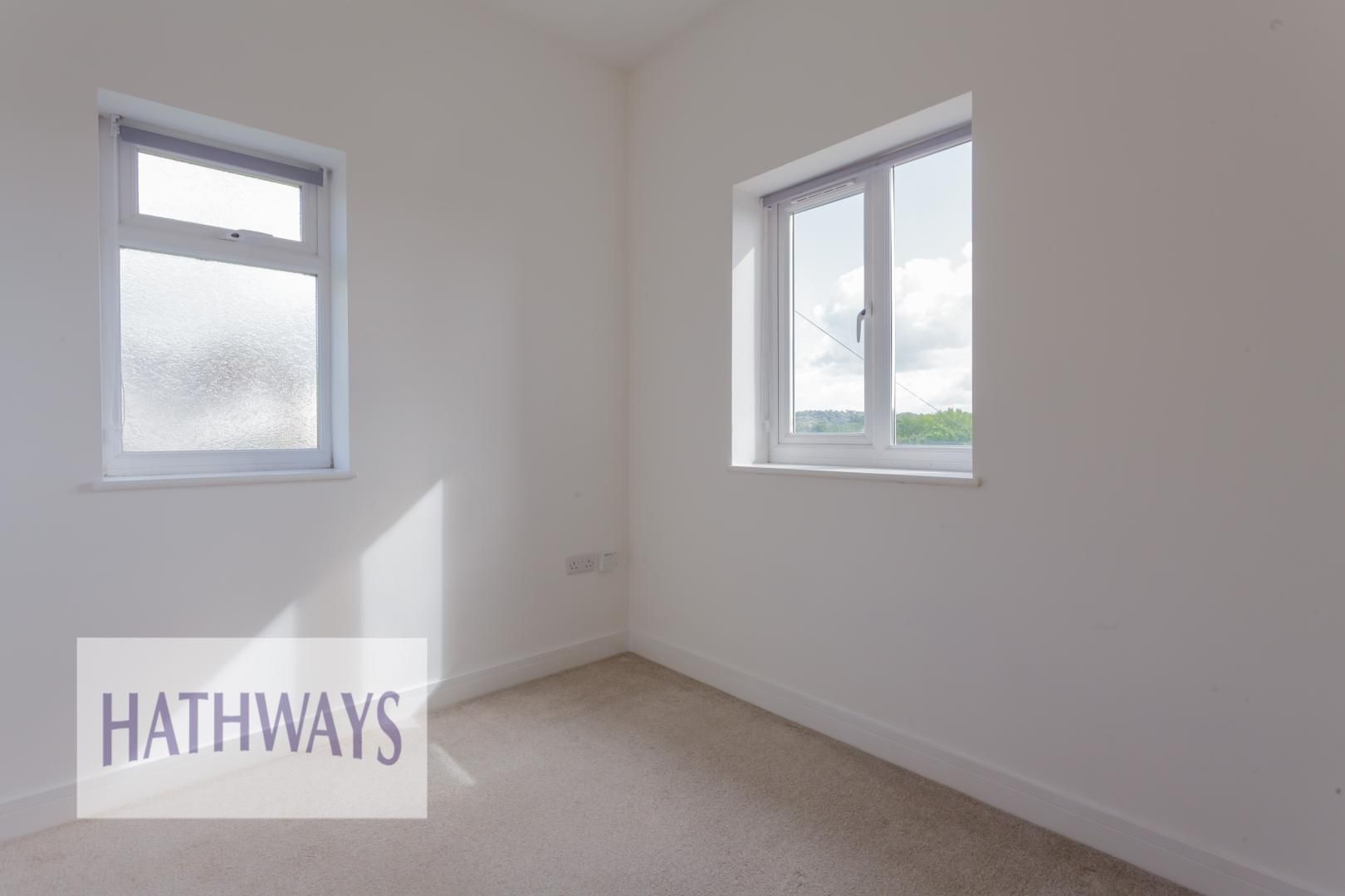 4 bed house for sale in Lodge Road  - Property Image 43