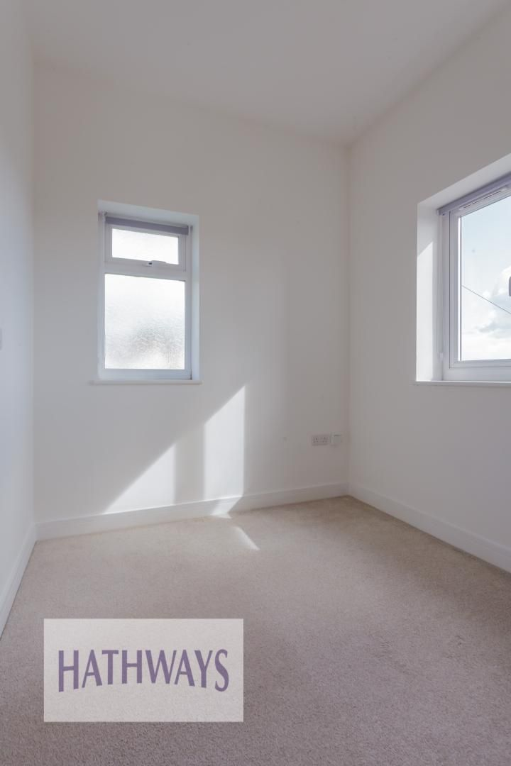 4 bed house for sale in Lodge Road  - Property Image 44