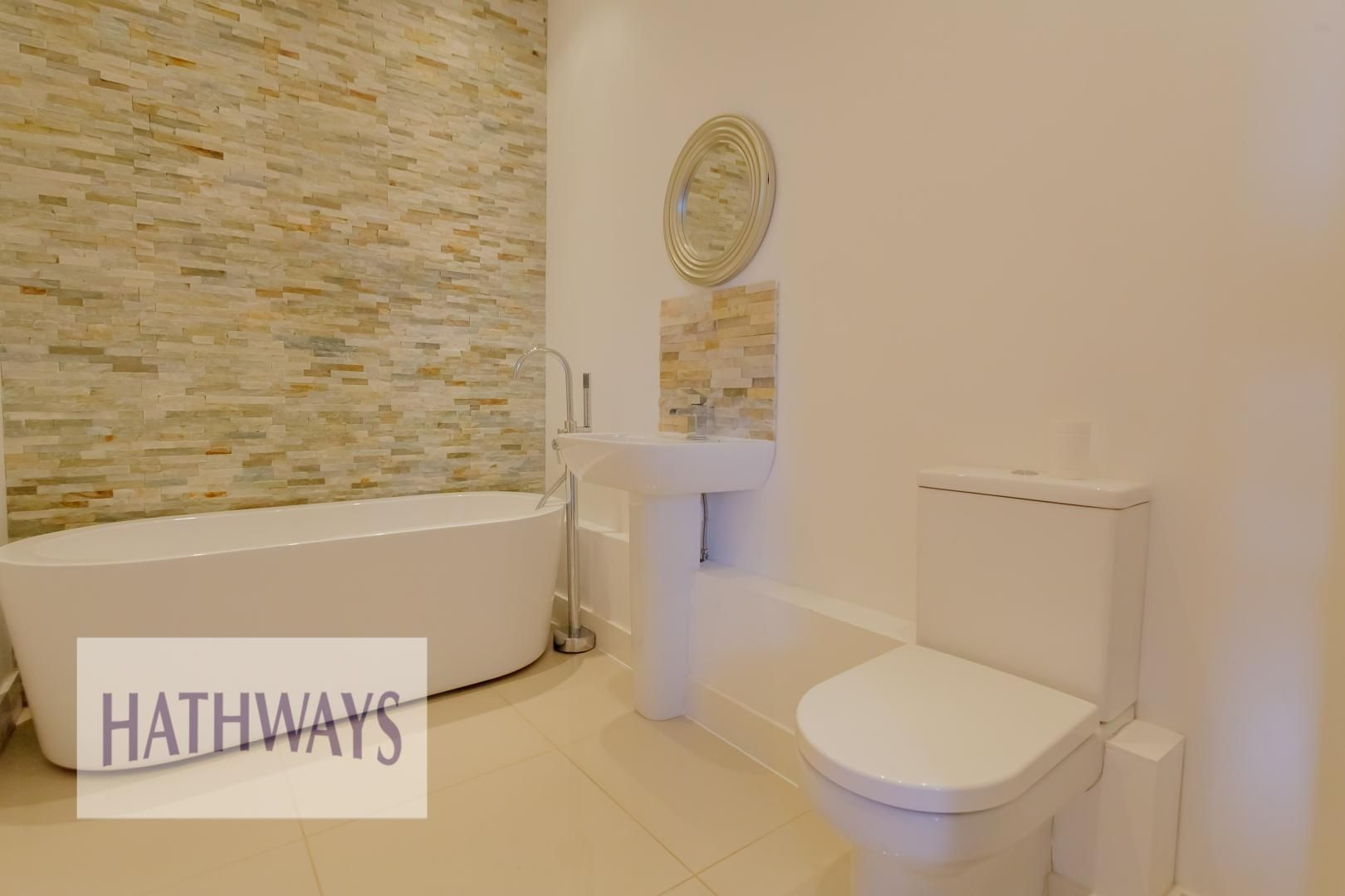 4 bed house for sale in Lodge Road  - Property Image 45