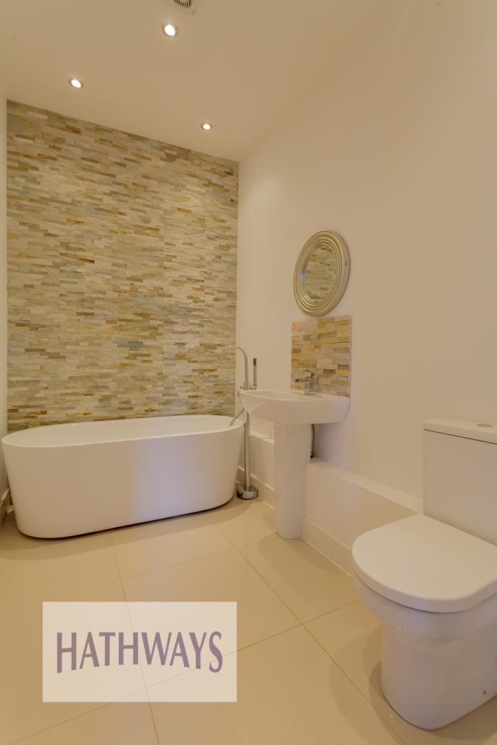 4 bed house for sale in Lodge Road  - Property Image 46