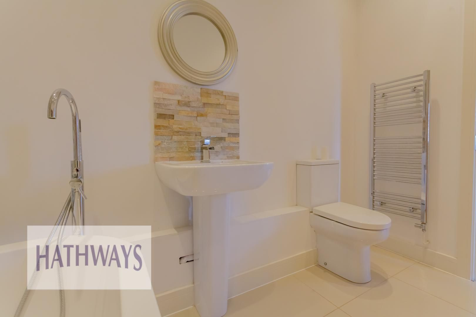 4 bed house for sale in Lodge Road  - Property Image 47