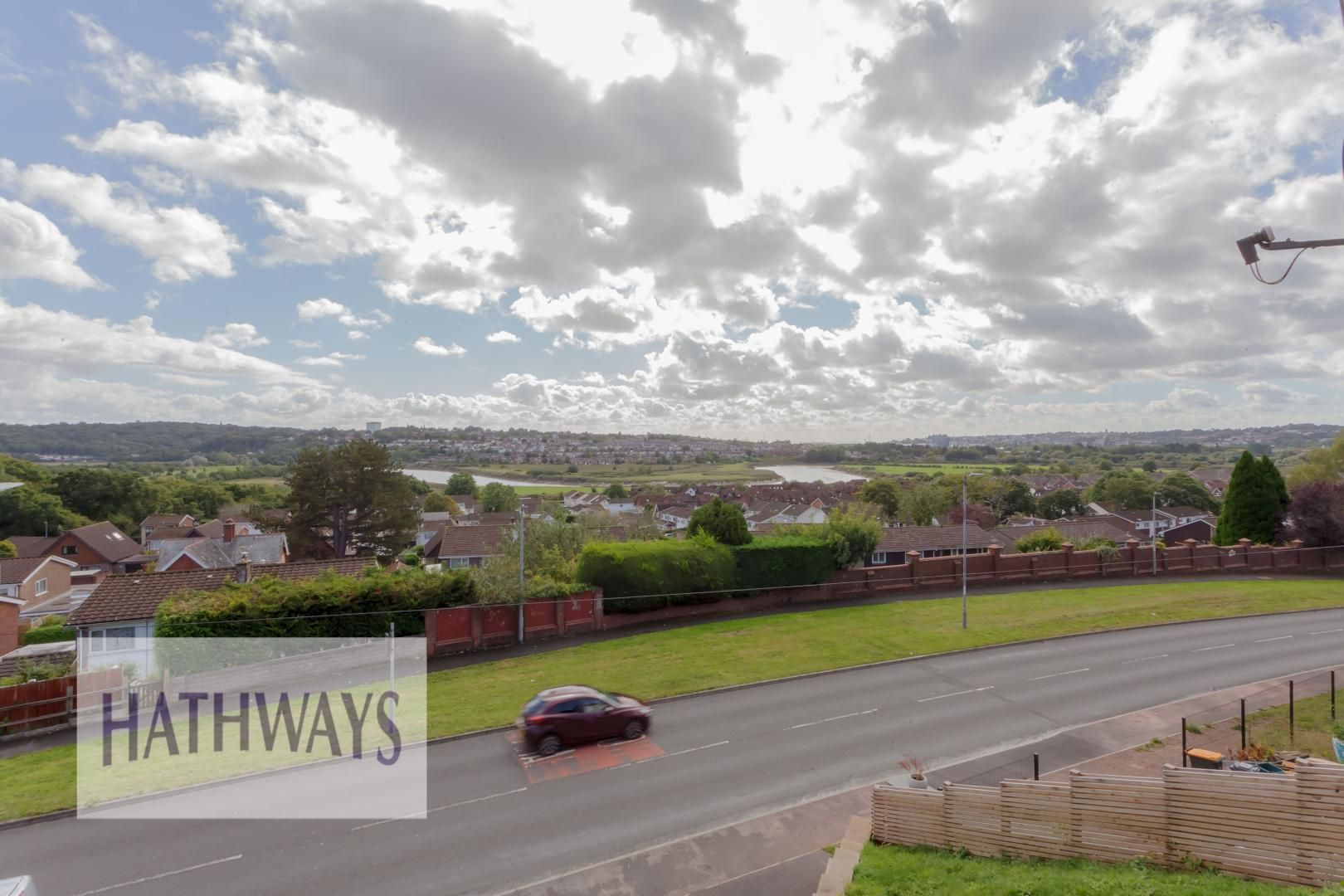 4 bed house for sale in Lodge Road 49