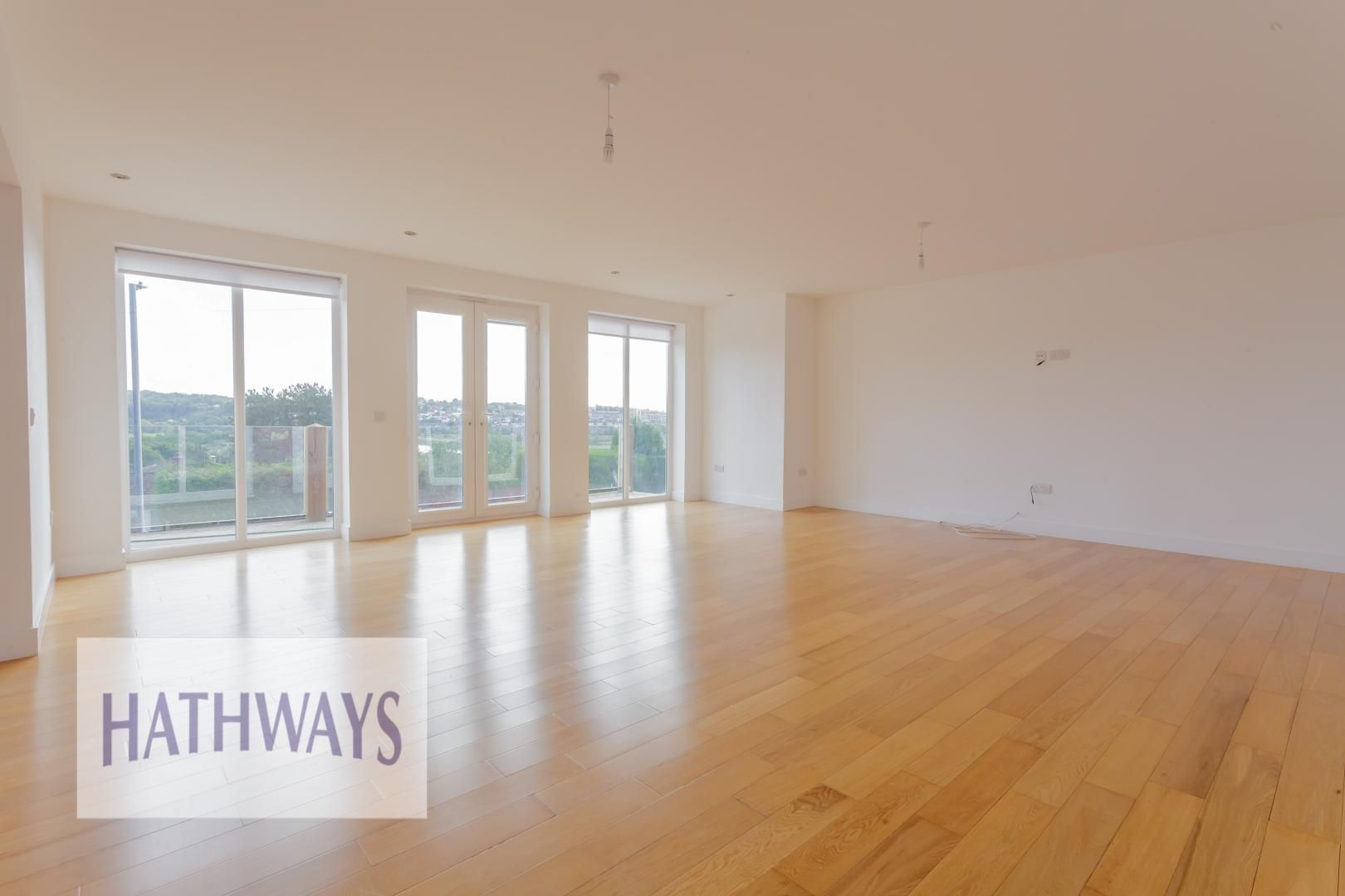 4 bed house for sale in Lodge Road 6