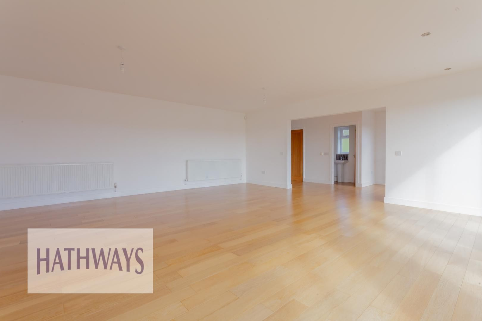 4 bed house for sale in Lodge Road 7