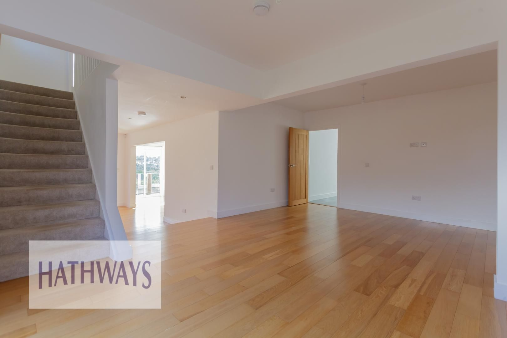 4 bed house for sale in Lodge Road 10