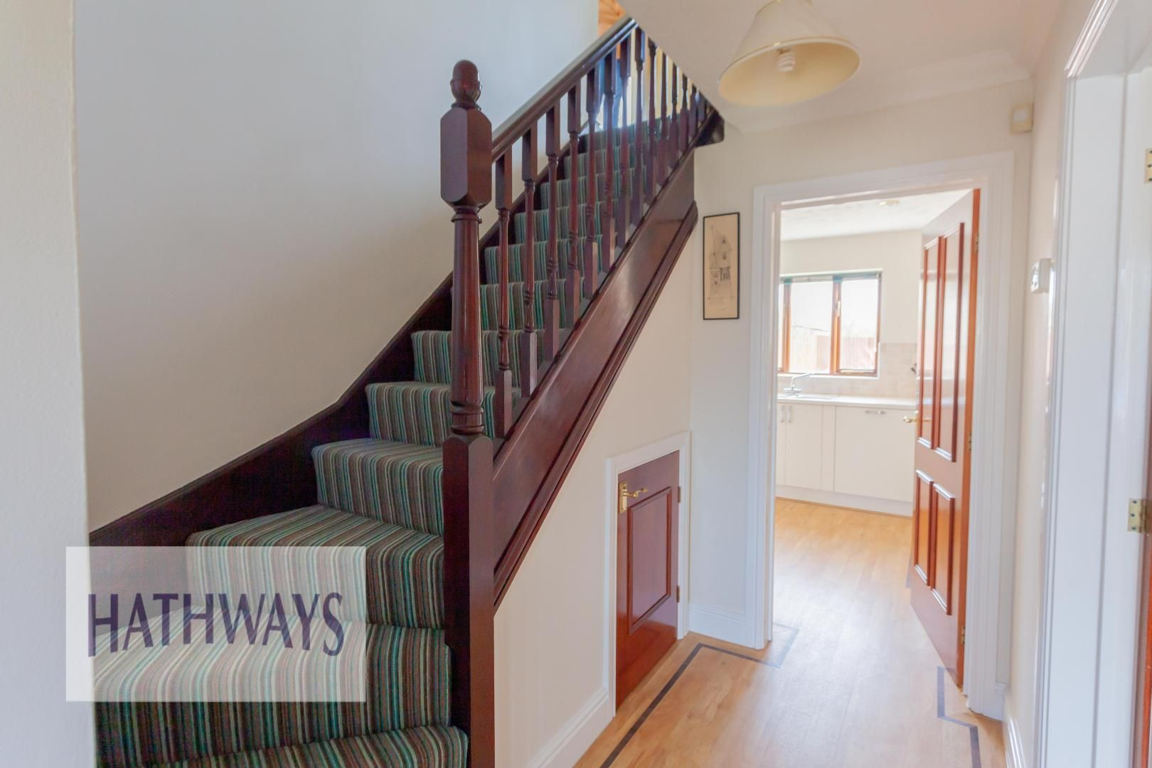 4 bed house for sale in East Lynne Gardens 4
