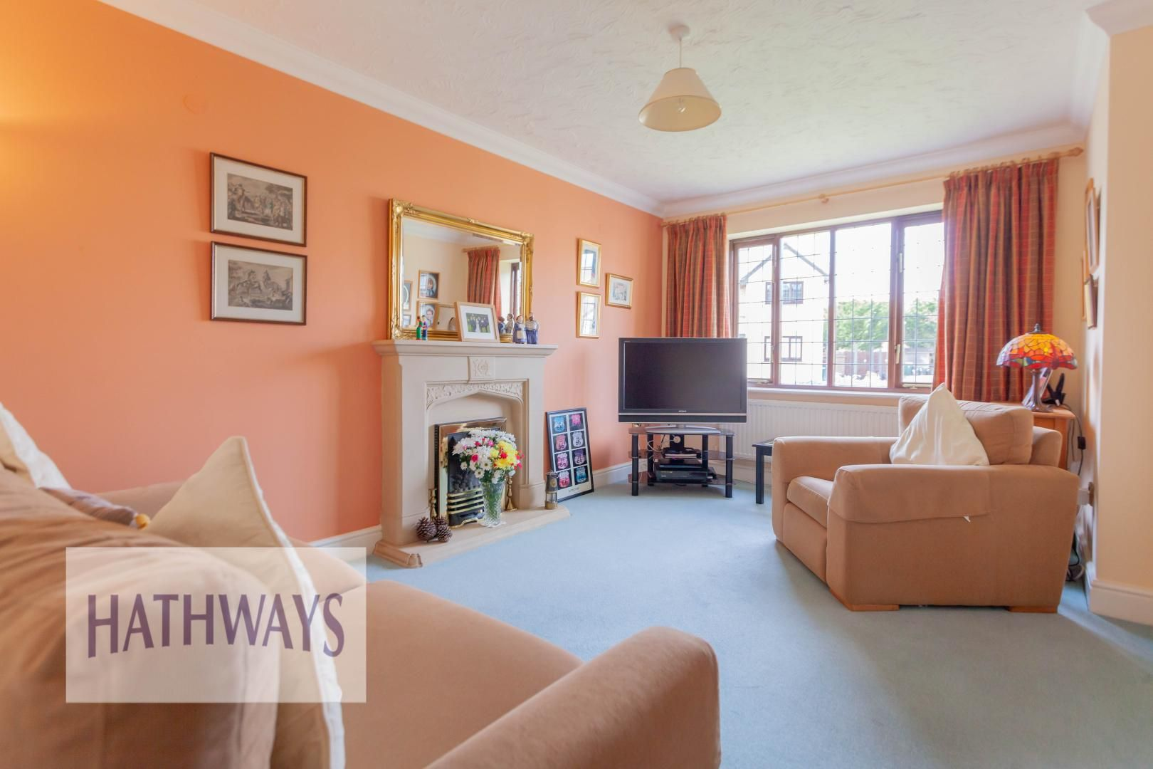 4 bed house for sale in East Lynne Gardens 5