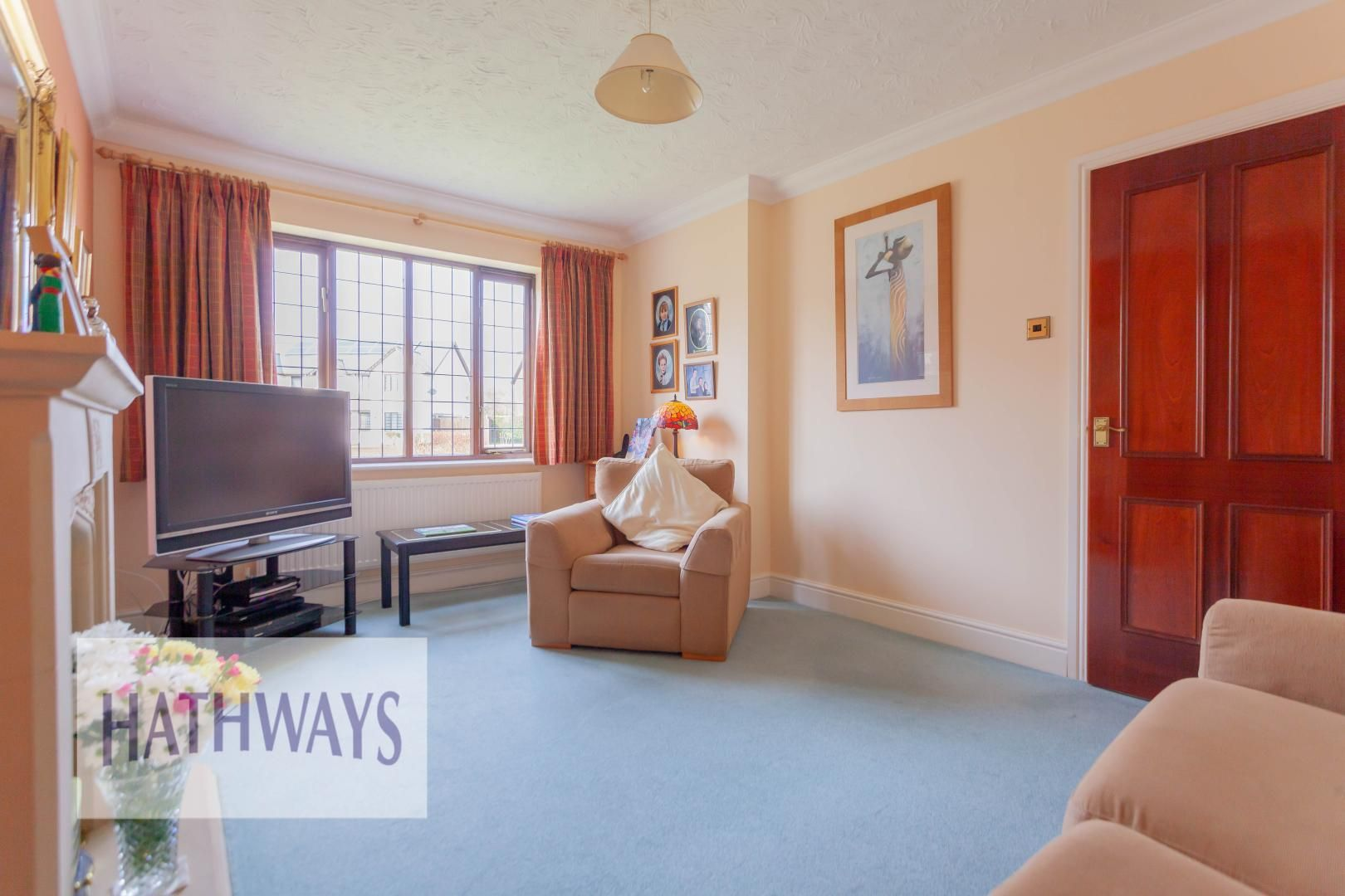 4 bed house for sale in East Lynne Gardens 6