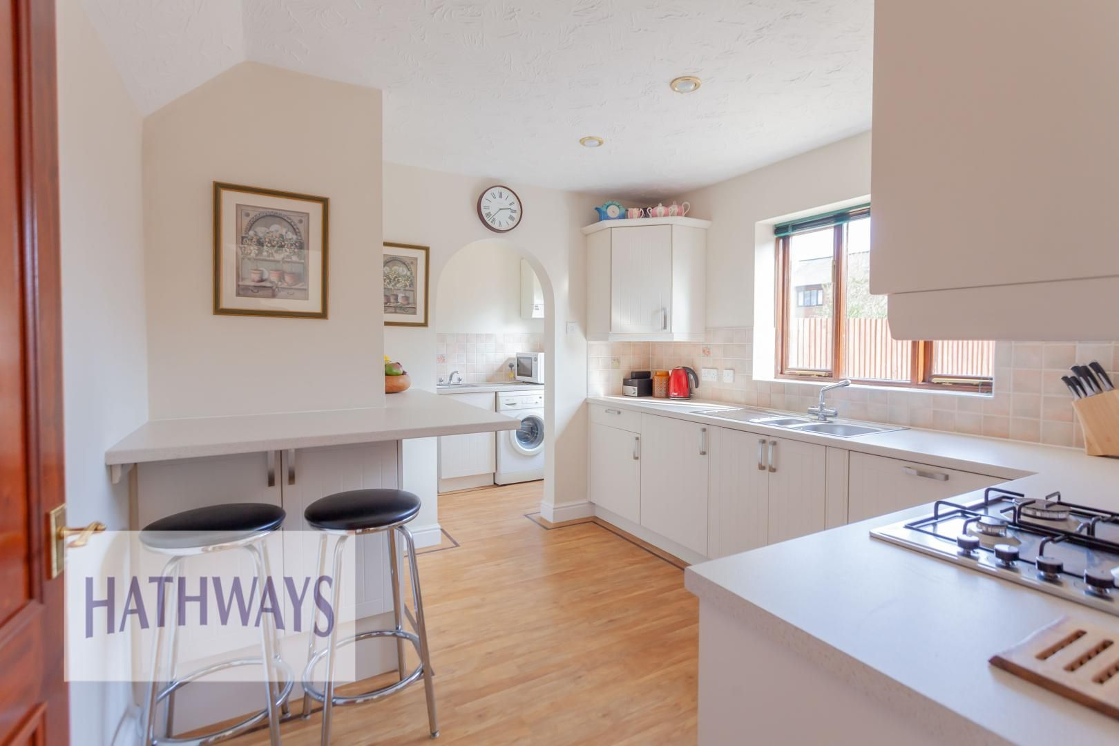 4 bed house for sale in East Lynne Gardens 10