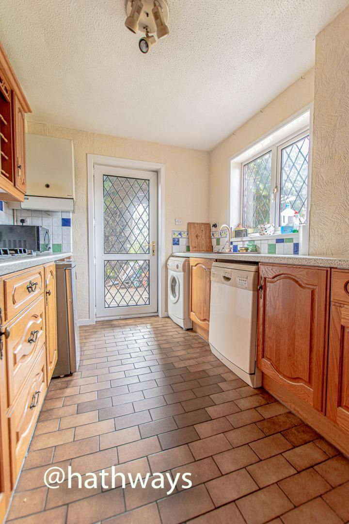4 bed house for sale in Springfield Close 20