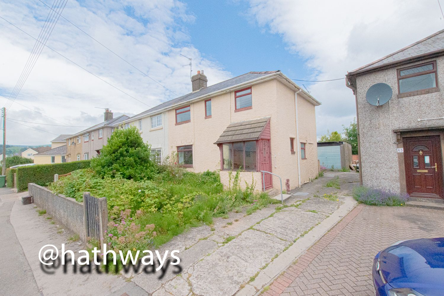 3 bed house for sale in Golf Road, NP4