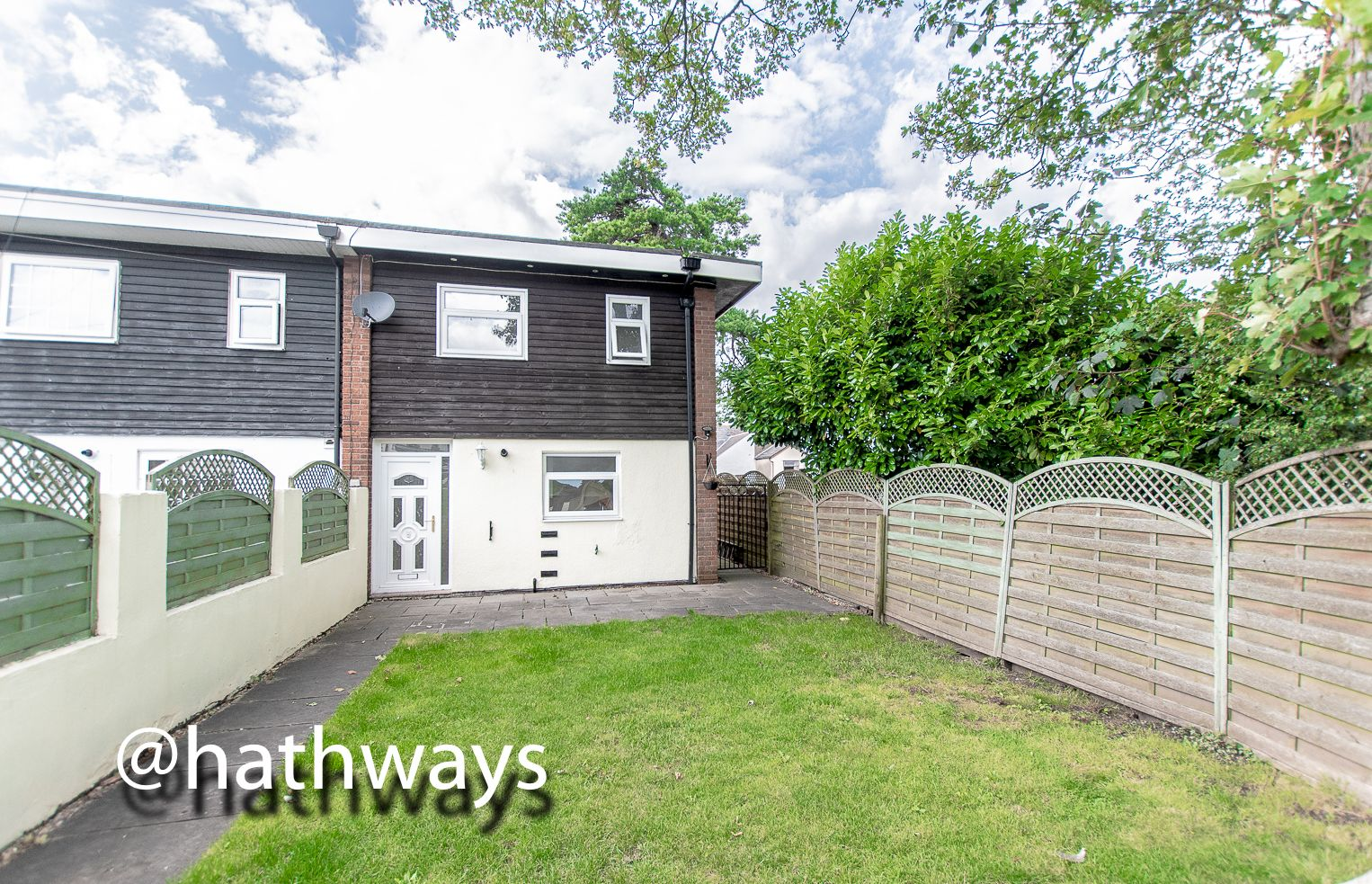 3 bed house for sale in Camelot Court, NP18