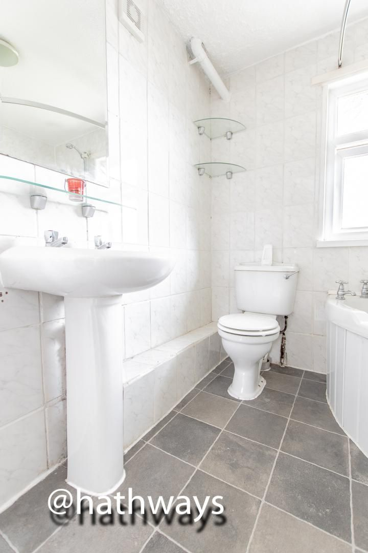 3 bed house for sale in Camelot Court 16