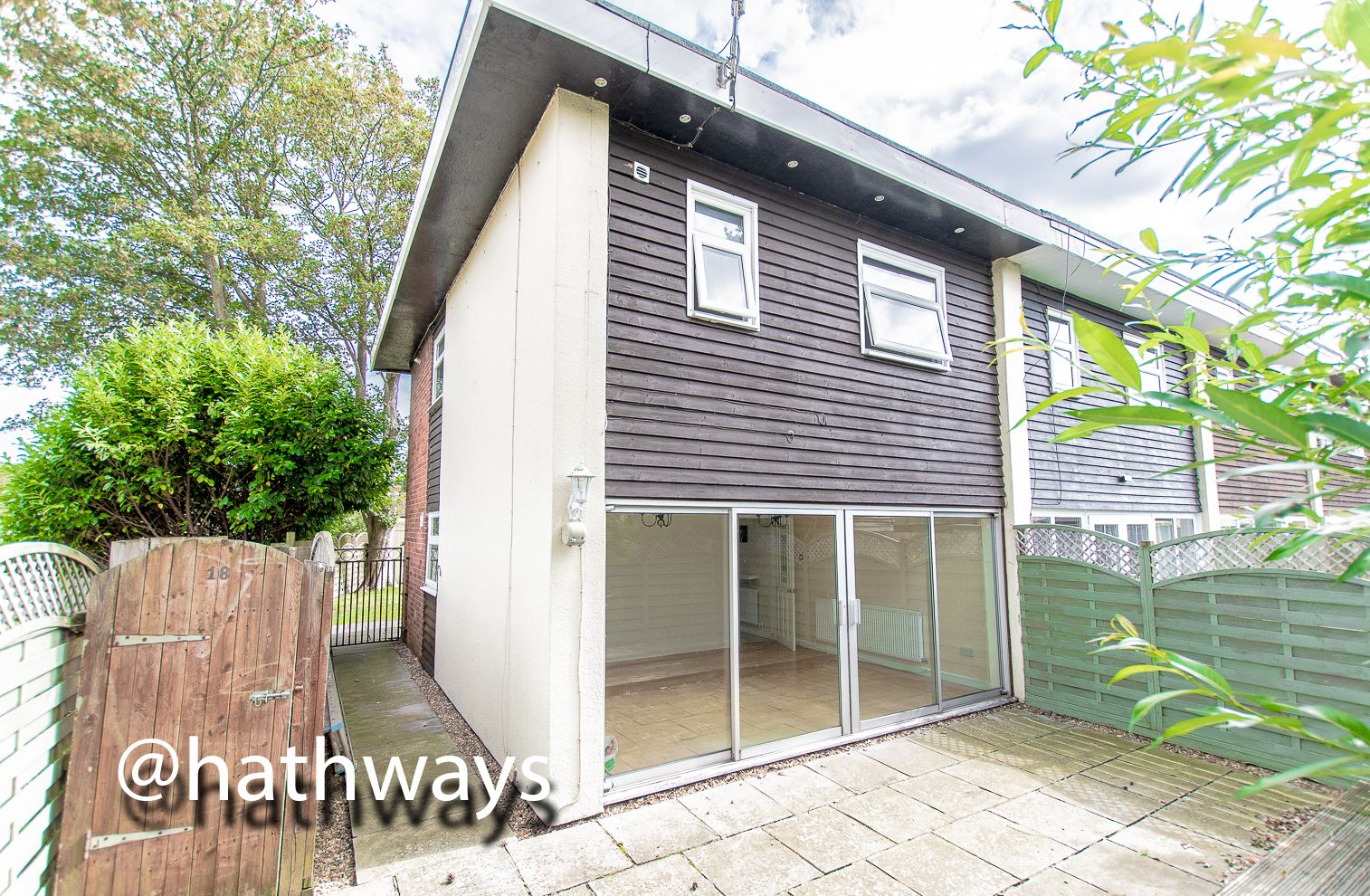 3 bed house for sale in Camelot Court 18