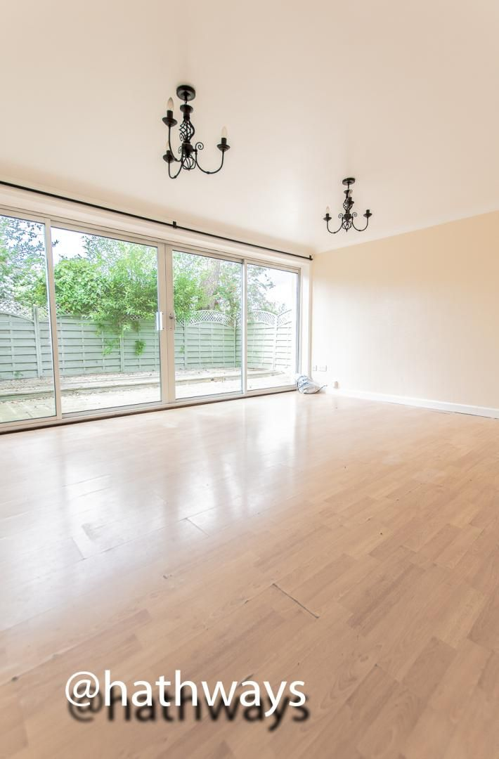 3 bed house for sale in Camelot Court 3