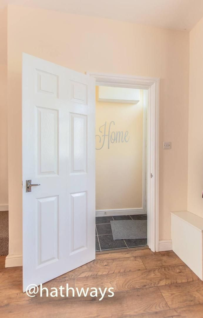 3 bed house for sale in Glenview  - Property Image 2