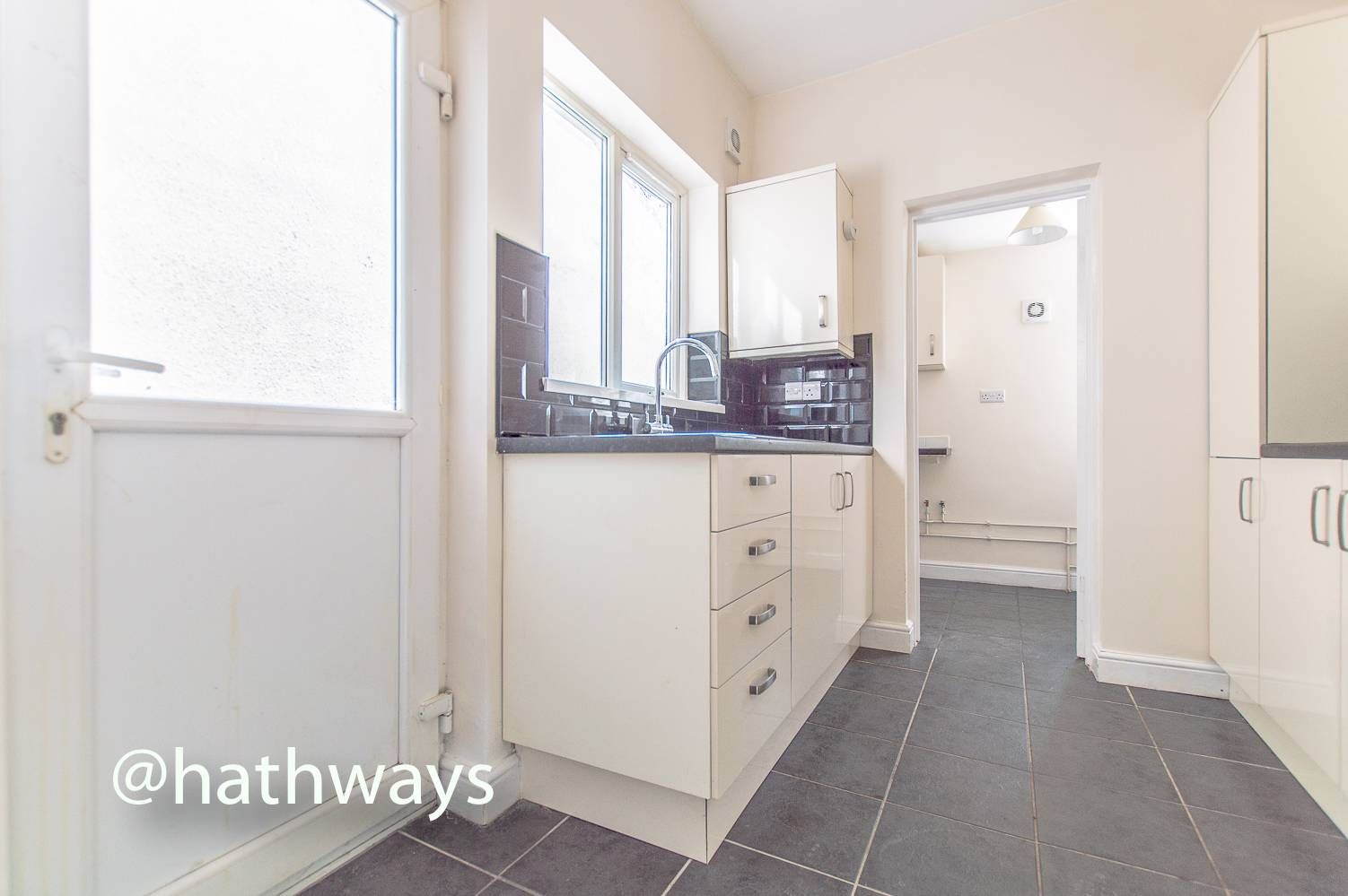 3 bed house for sale in Glenview  - Property Image 11