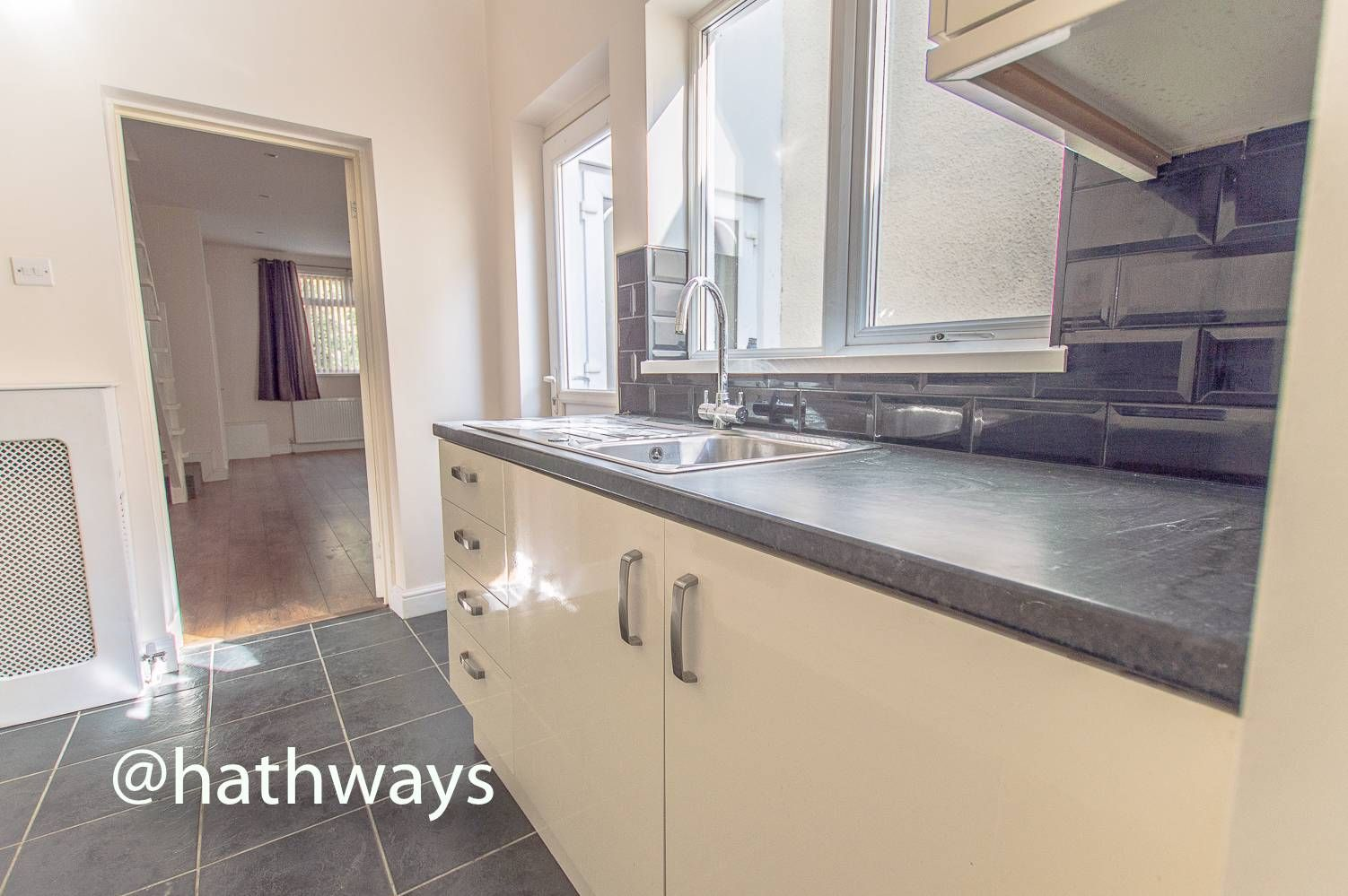 3 bed house for sale in Glenview  - Property Image 12