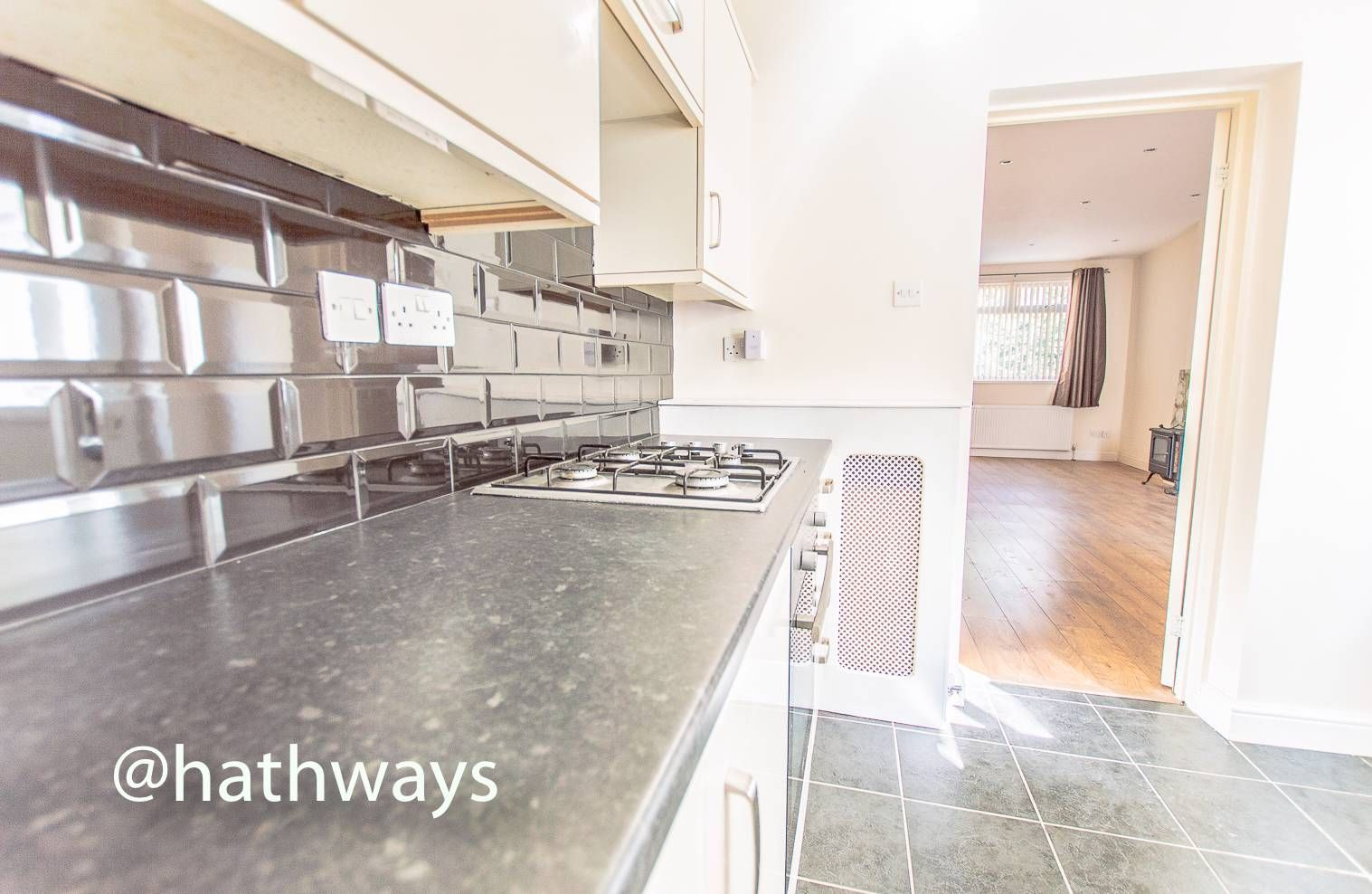 3 bed house for sale in Glenview 13