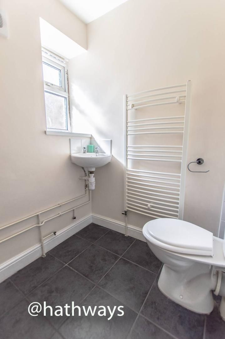 3 bed house for sale in Glenview 15