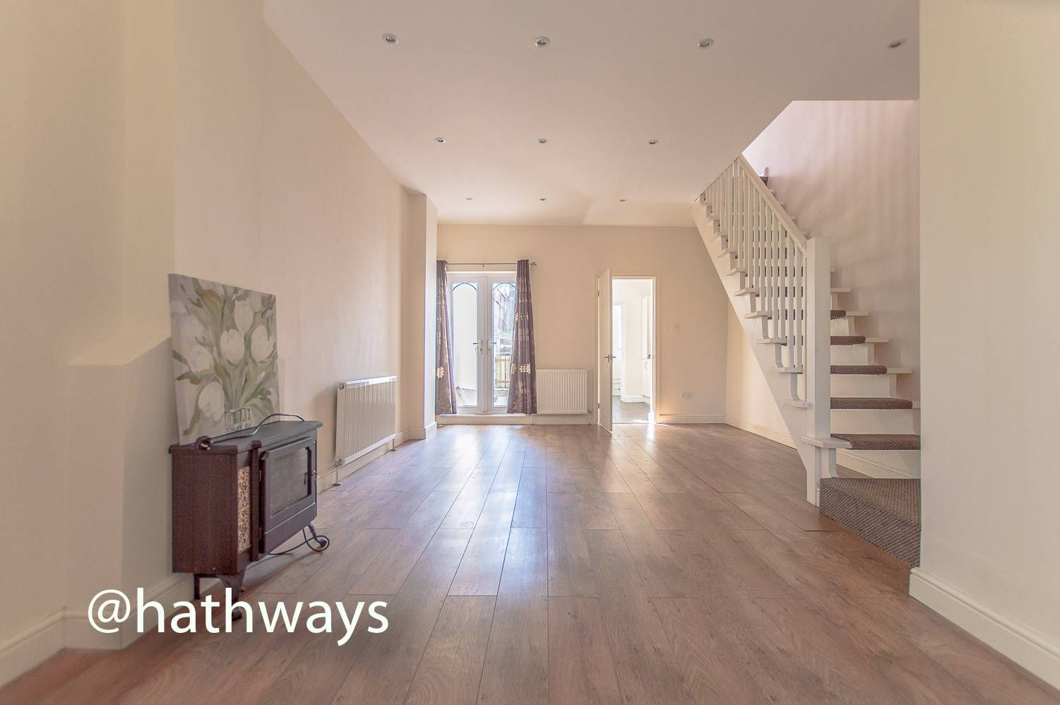 3 bed house for sale in Glenview 3