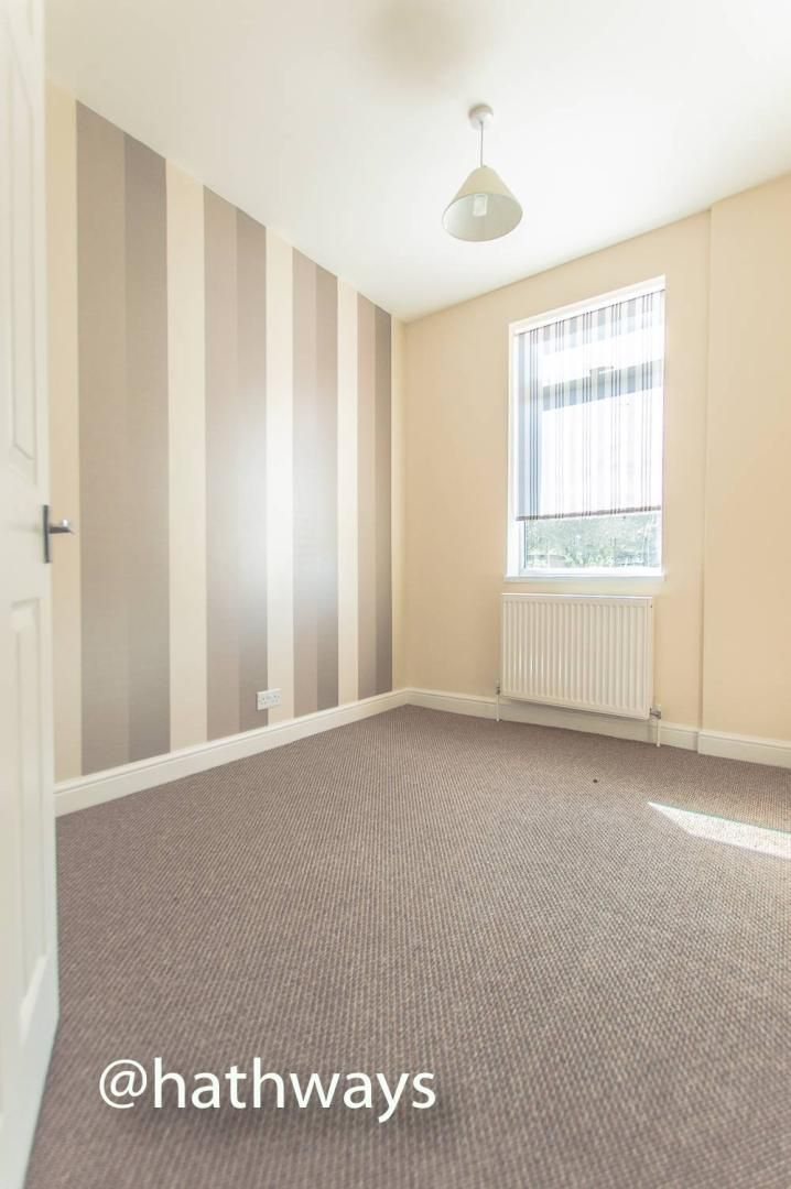3 bed house for sale in Glenview 24