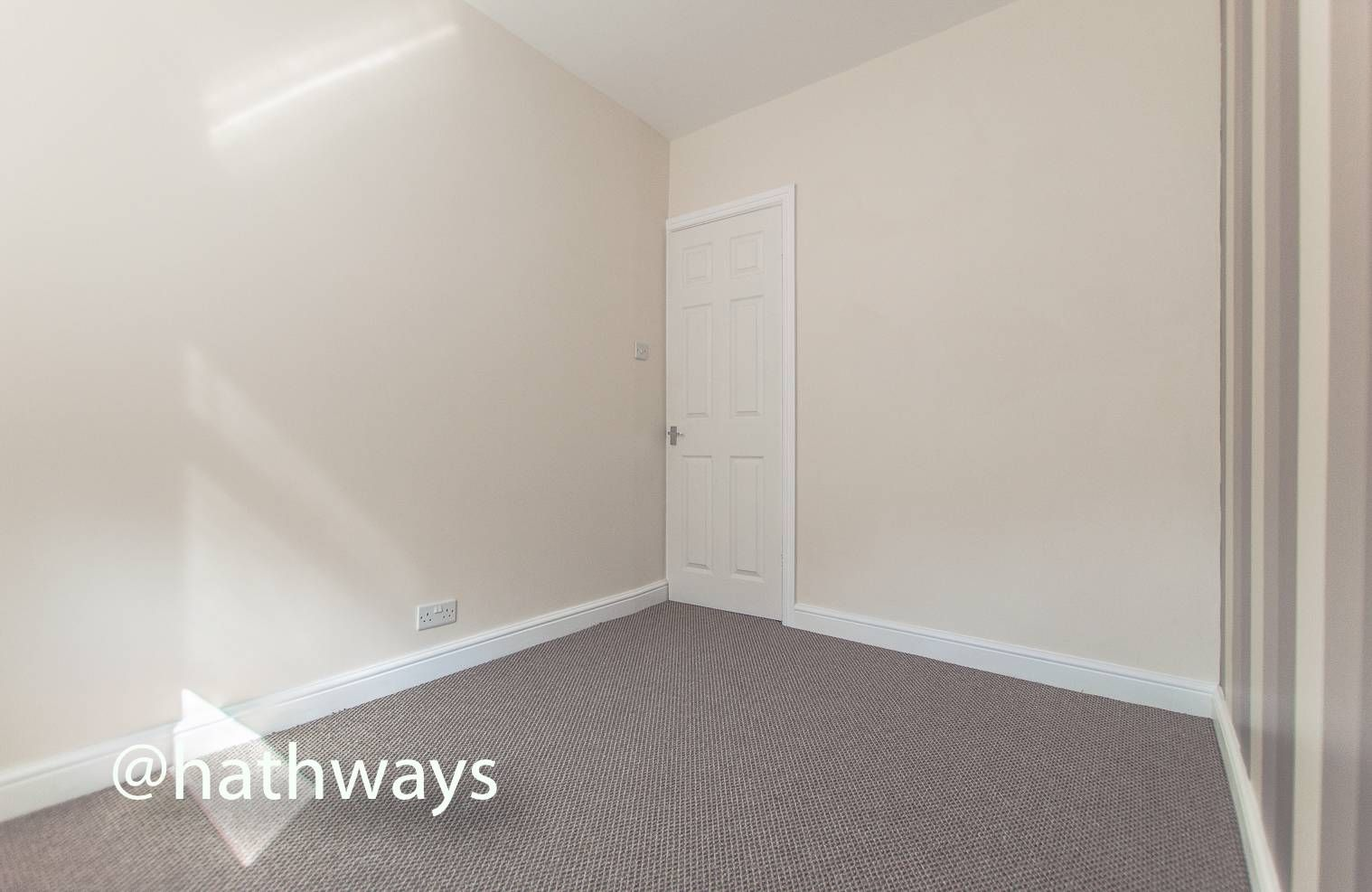 3 bed house for sale in Glenview 26