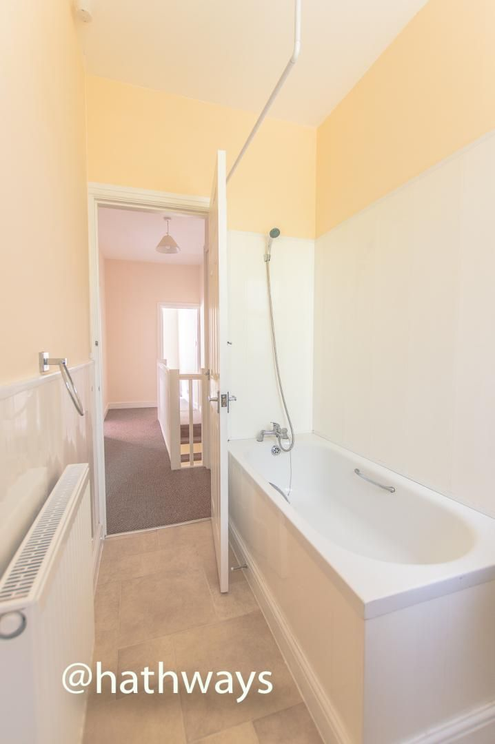 3 bed house for sale in Glenview 27