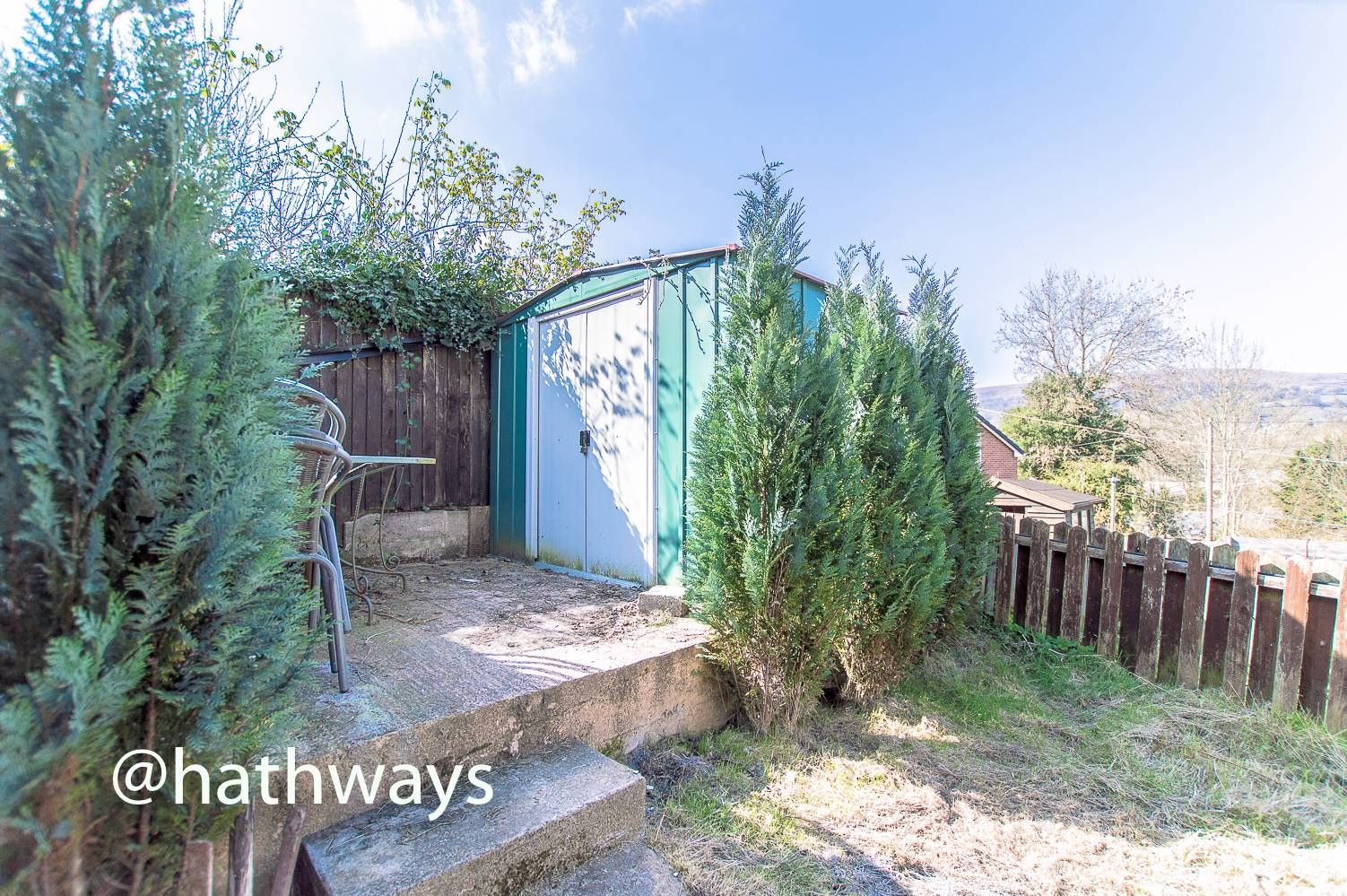 3 bed house for sale in Glenview 32