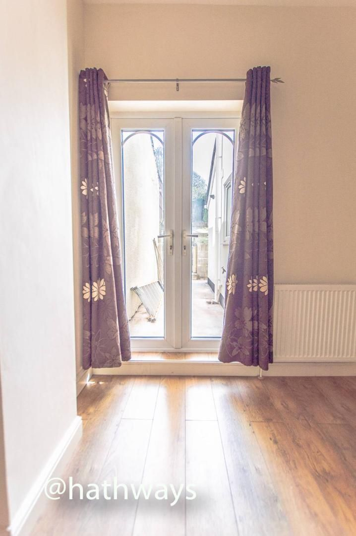 3 bed house for sale in Glenview 7