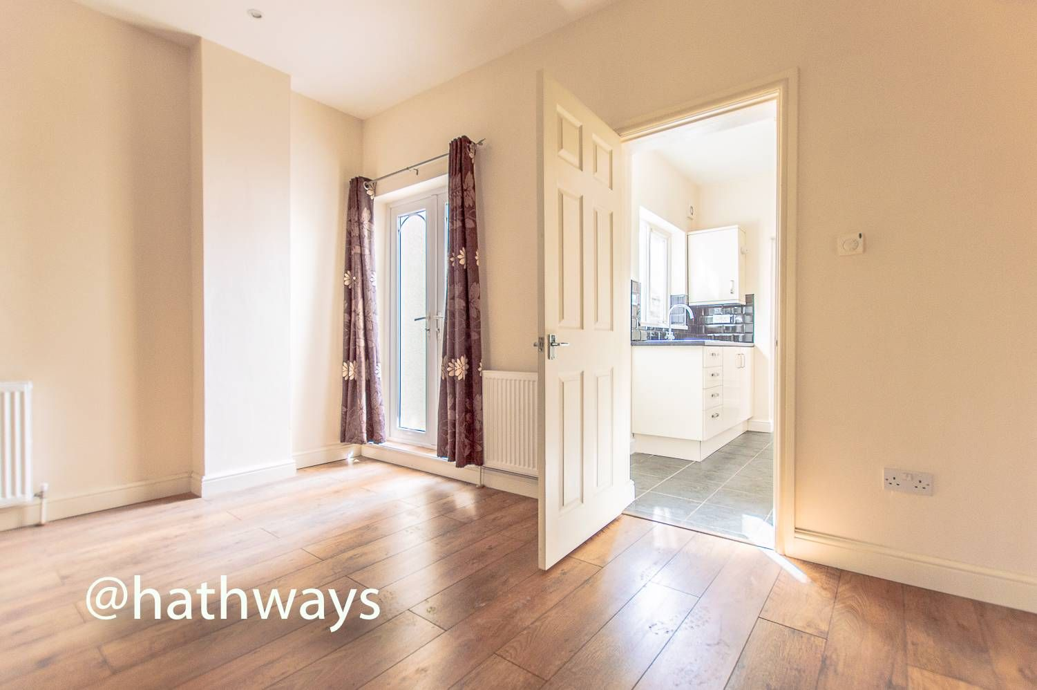 3 bed house for sale in Glenview 8