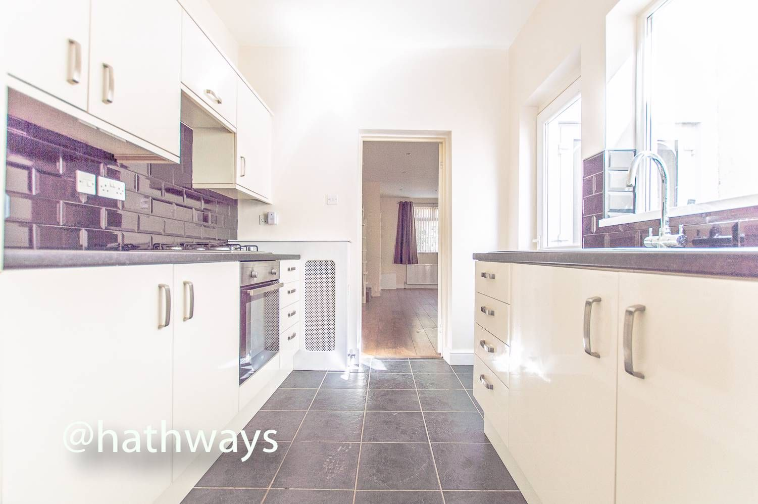 3 bed house for sale in Glenview 10