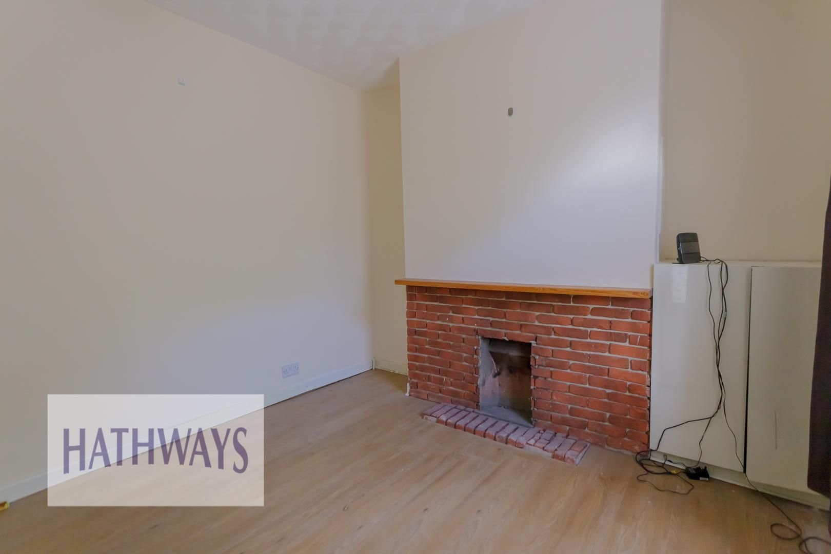 2 bed house for sale in Aberbeeg Road 4