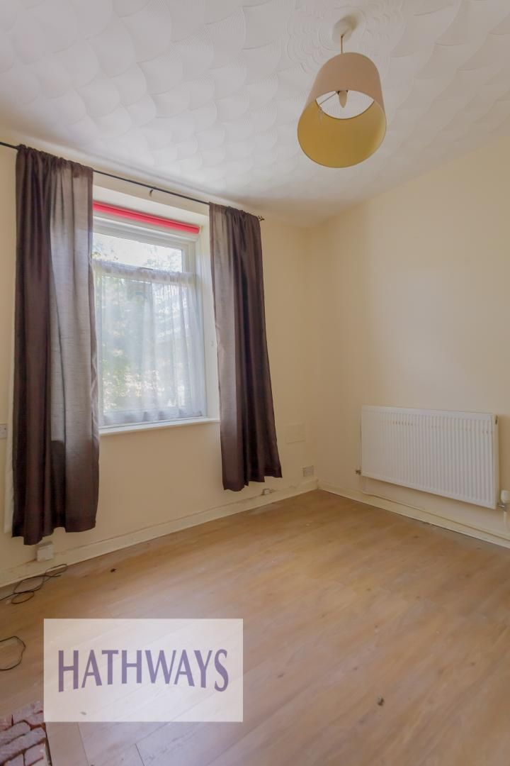 2 bed house for sale in Aberbeeg Road 5