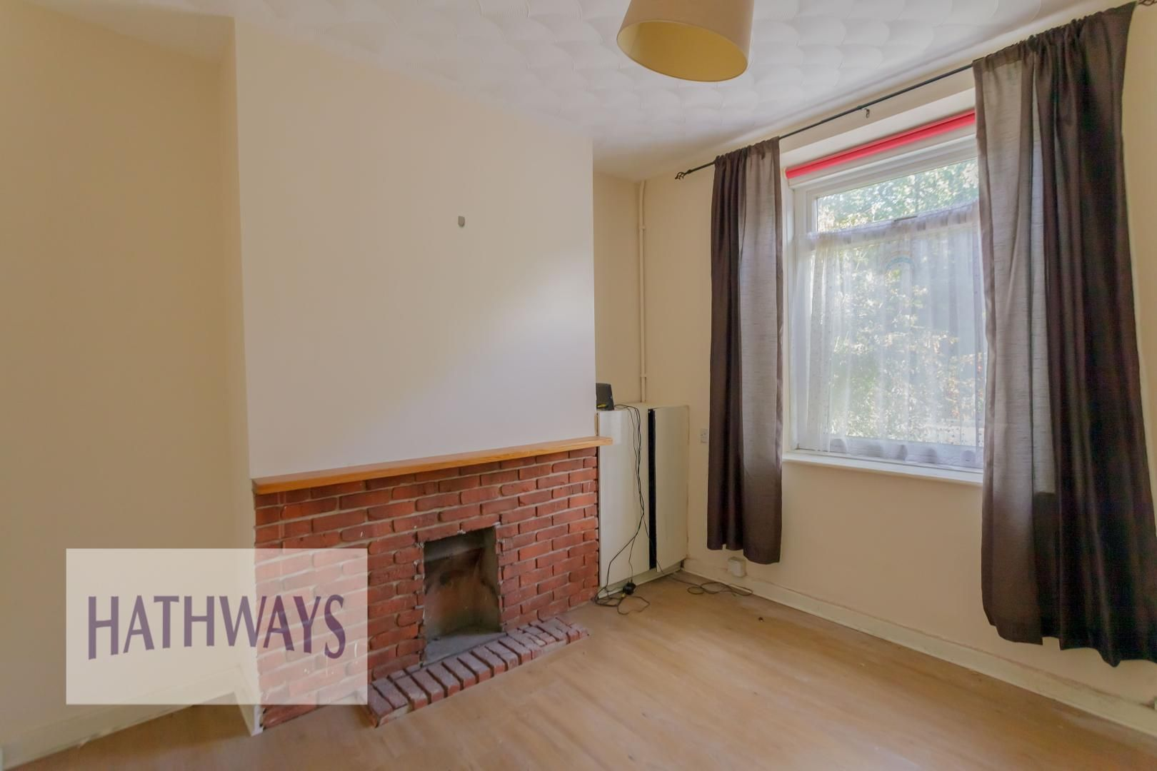 2 bed house for sale in Aberbeeg Road 6