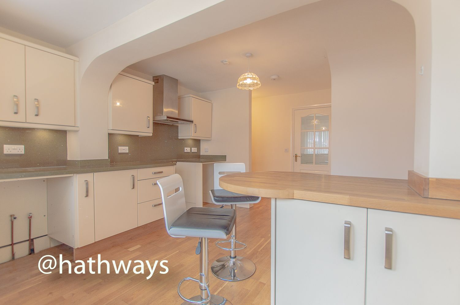 3 bed house to rent in Llewellyn Road  - Property Image 14